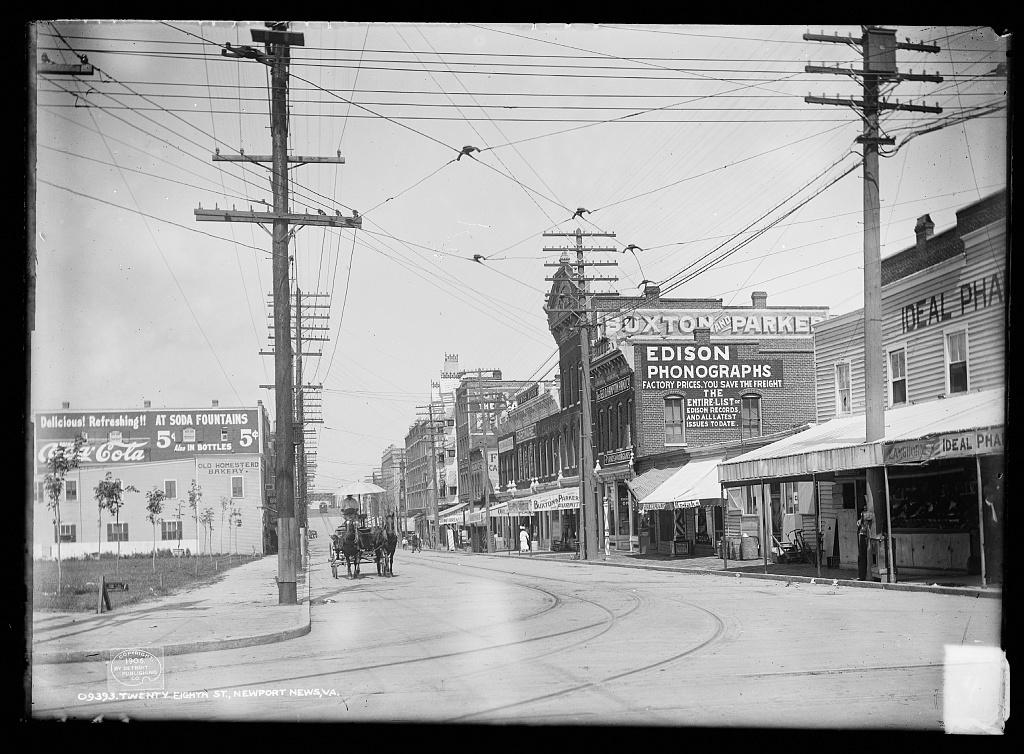 28th Street, Newport News, Virginia around 1906.