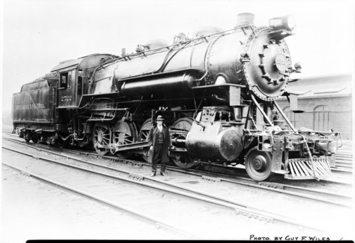 Baltimore & Ohio no. 2722 [2-8-0]