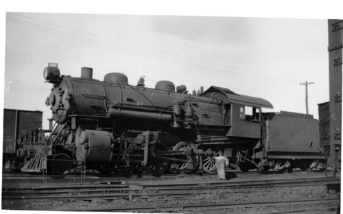 Baltimore & Ohio no. 2765 [2-8-0]